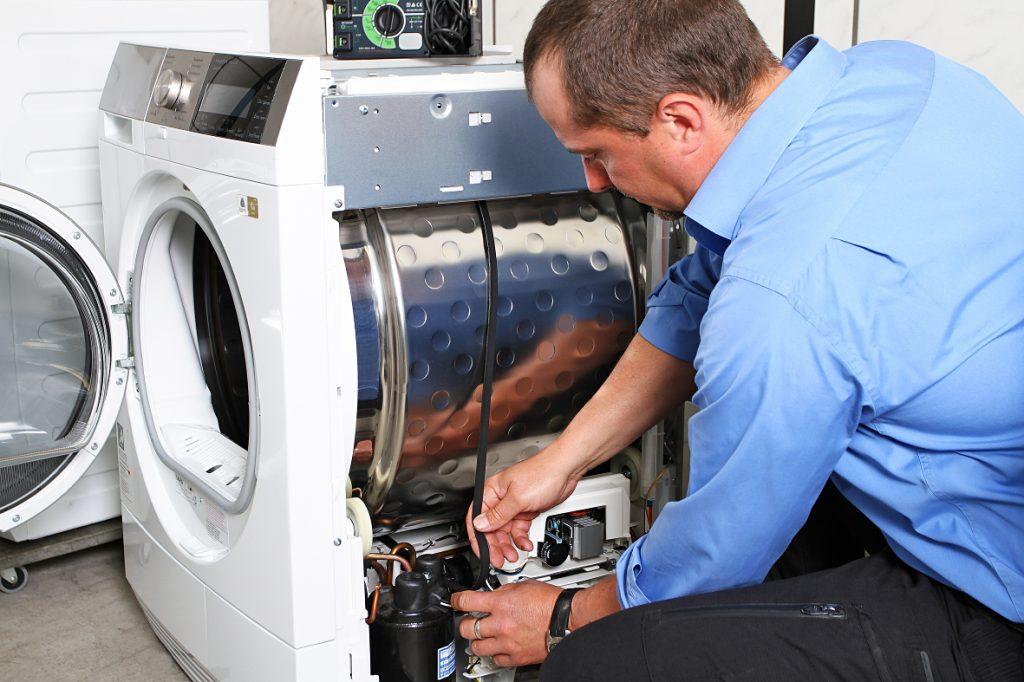 Aeg Kühlschrank Kundendienst : Elektro reinert hausgeräte kundendienst